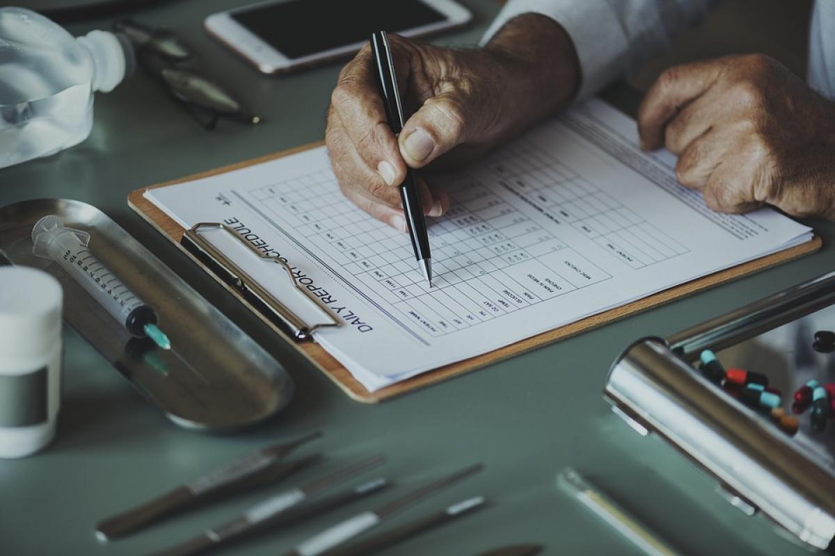 Il Tribunale di Treviso va controcorrente: nessuna responsabilità della clinica privata se il danno è causato da un medico che ha contrattato direttamente col paziente